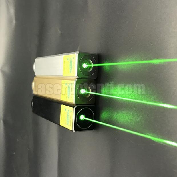 Il puntatore laser con luce anabbagliante